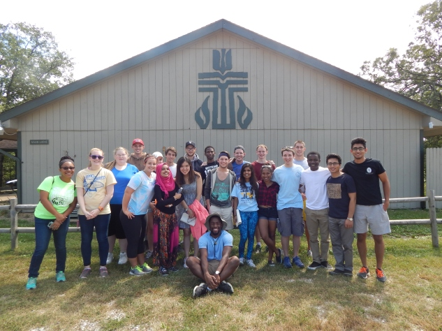 Sophomores and group leaders at the Colors of Westminster retreat.