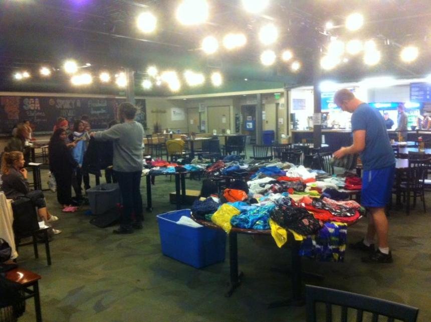 Swag Shop was held by ECoS in JCI on Nov. 10. PHOTO BY JINYU WANG.