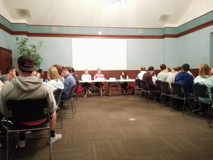Tuesday's Student Government Association meeting in Hermann Lounge. PHOTO BY JINYU WANG.