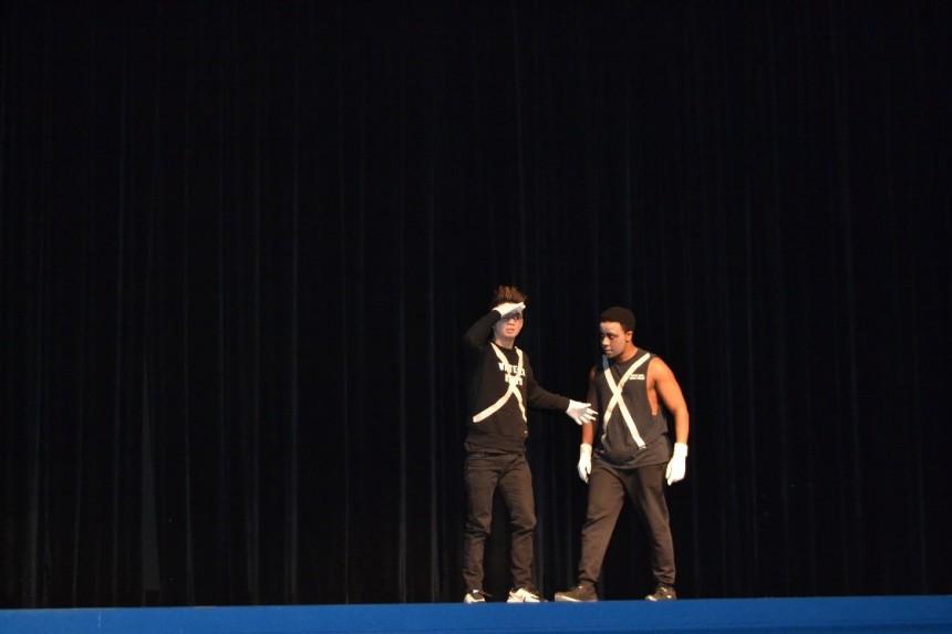Tsuendue and Nyathi on Stage